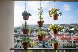 vasos-pendurados-jardim-de-varanda