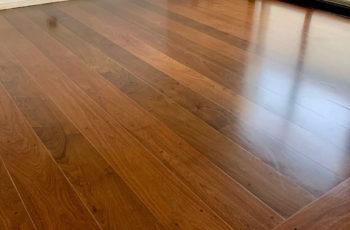 Veja as vantagens do piso de madeira